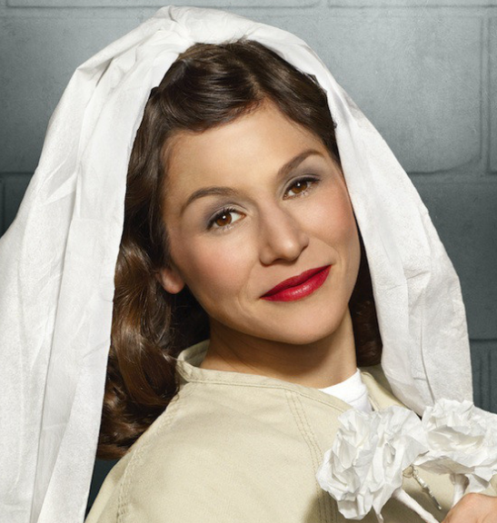 10 money savings tips from Orange Is the New Black_wedding veil