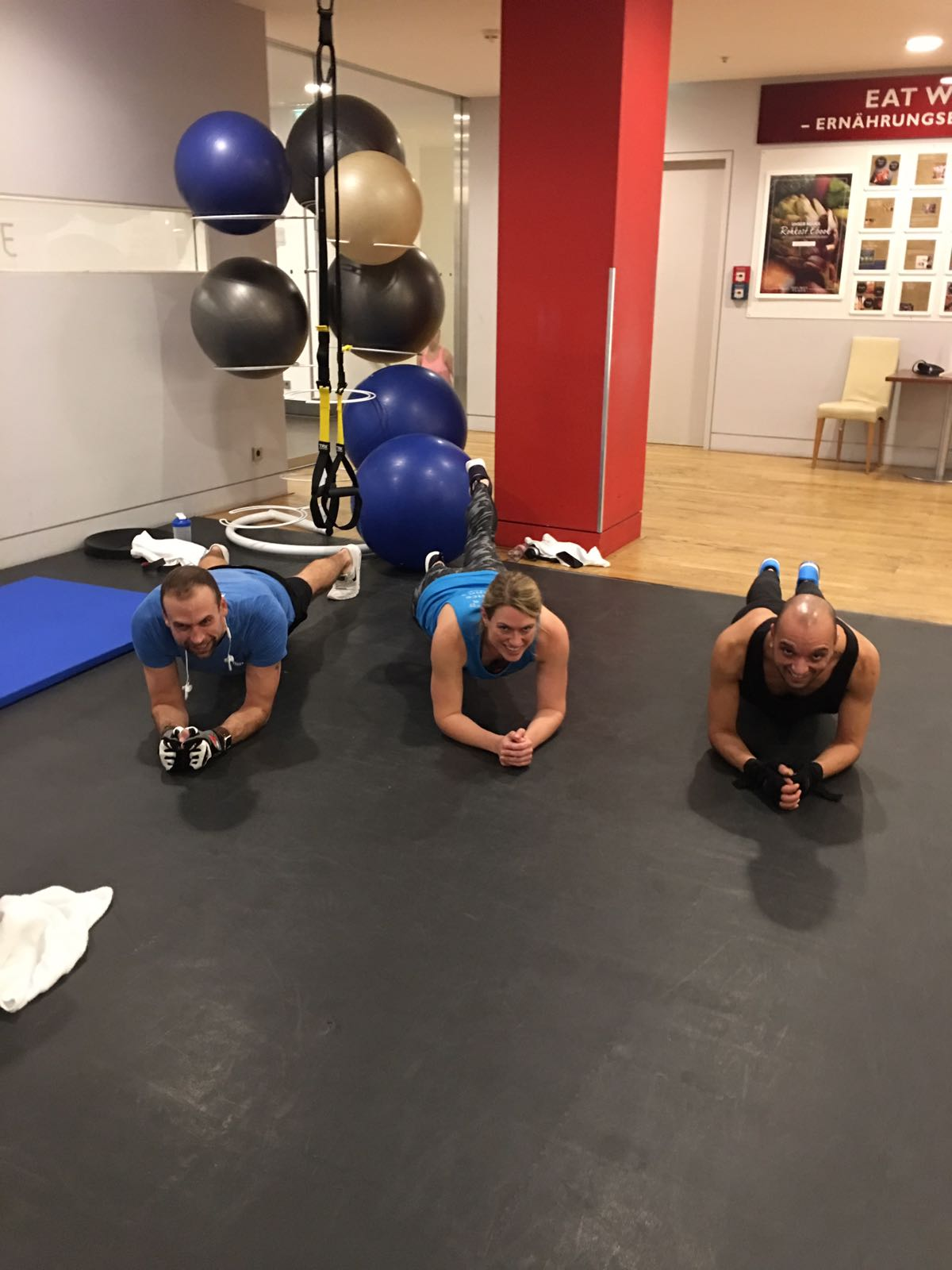 The 3 Planks - Myprotein challenge